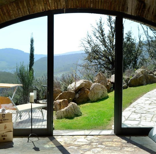 http://www.hotelvillacampomaggio.it/wp-content/uploads/2016/03/VISTA-540x533.jpg