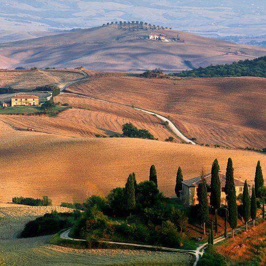 http://www.hotelvillacampomaggio.it/wp-content/uploads/2016/03/tuscany-1707192_1920-540x540.jpg