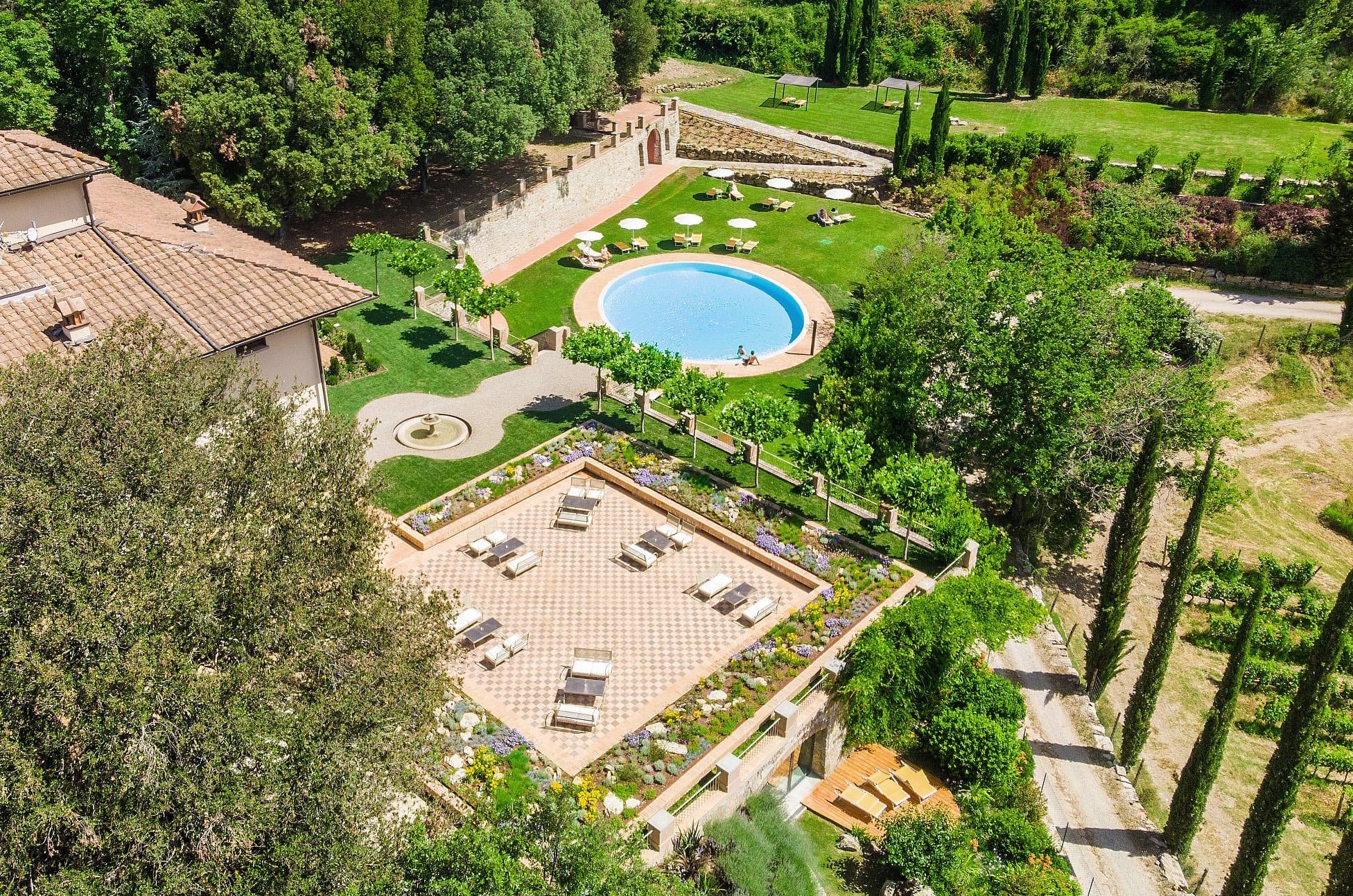 http://www.hotelvillacampomaggio.it/wp-content/uploads/2016/05/SKY-LARGE.jpg