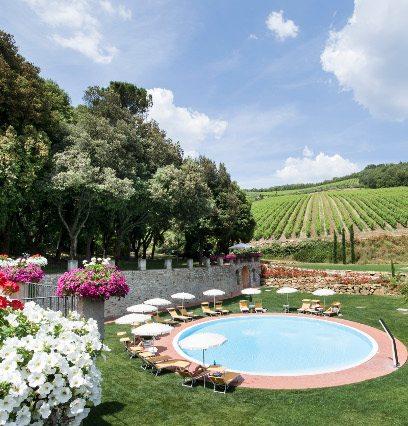 http://www.hotelvillacampomaggio.it/wp-content/uploads/2016/05/pool.jpg